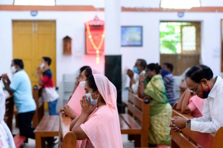 6 Christian families given ultimatum: Deny Jesus or flee