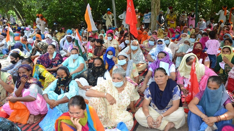 Adivasi Union to stand with peasants of country during nationwide protests