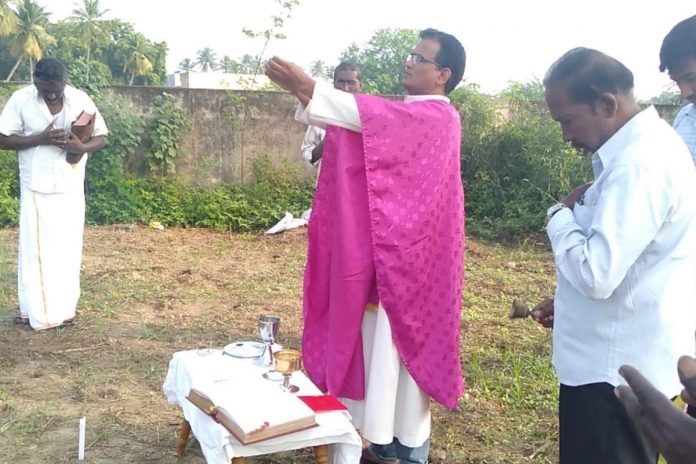 Catholic community in India's south barred from using cemetery