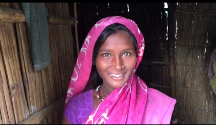 """Real Bihar: """"We rarely get out of the house. The villagers call Domni-Domani """"!"""