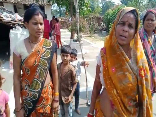 Dalit women beaten with belts in the police station, Bhima Army opened front against Lalitpur police