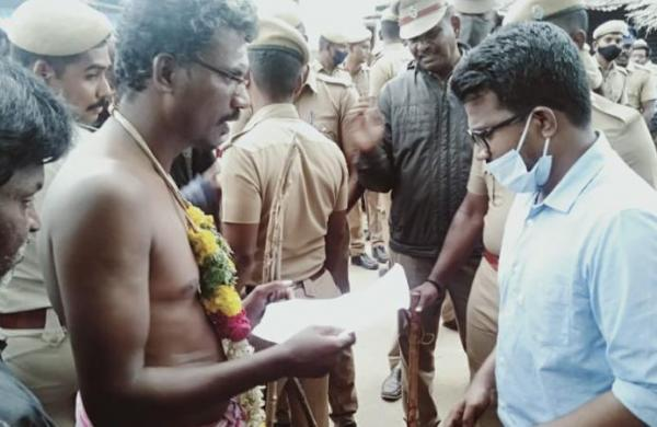 Caste Hindus stop Dalit woman's body taken for cremation in TN's Sivaganga