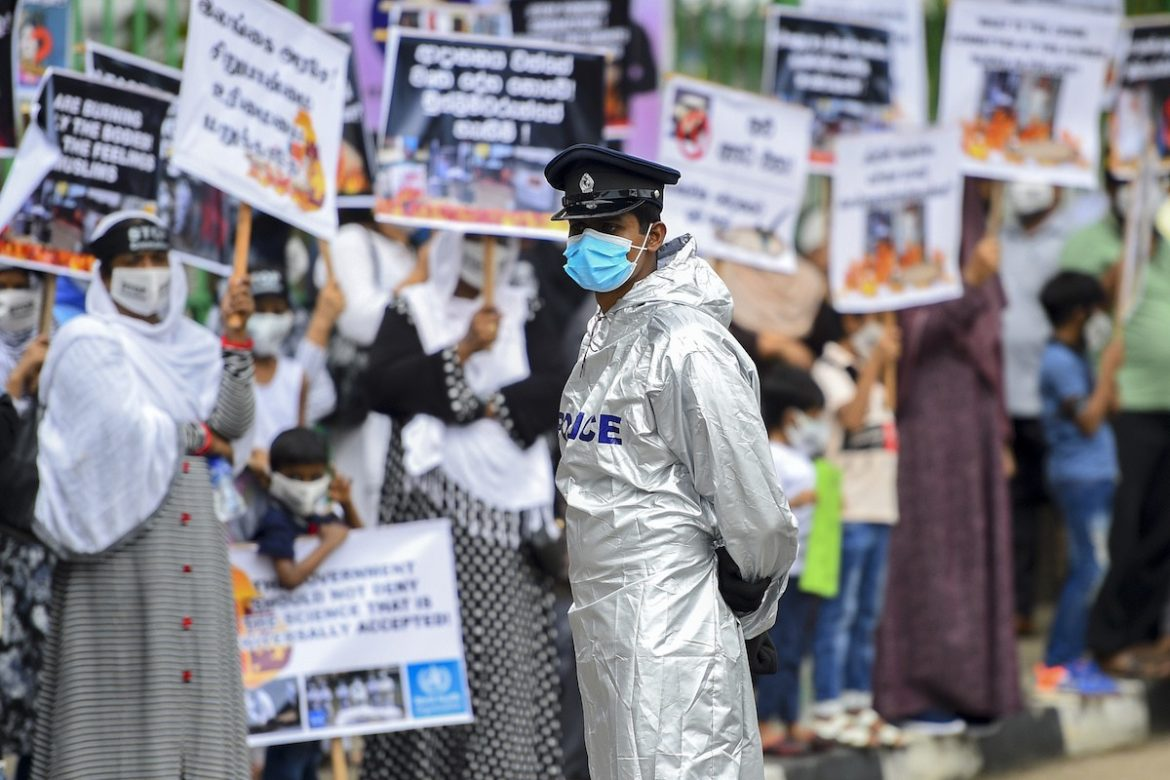 UN rights experts ask Sri Lanka to stop forced cremations