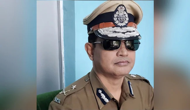 """Bengal Officer Who Arrested BJP Workers For """"Goli Maro"""" Slogans Quits"""