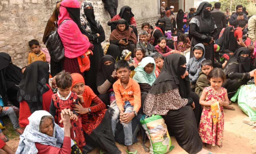 India detains Rohingya refugees and threatens to deport them to Myanmar