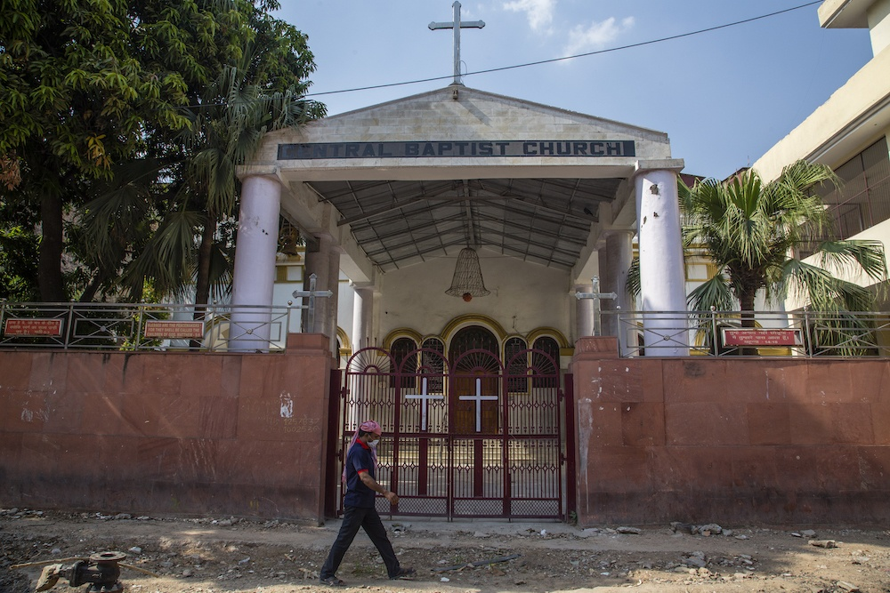 """Christians in Central India Forced to """"Reconvert"""" to Tribal Religion"""