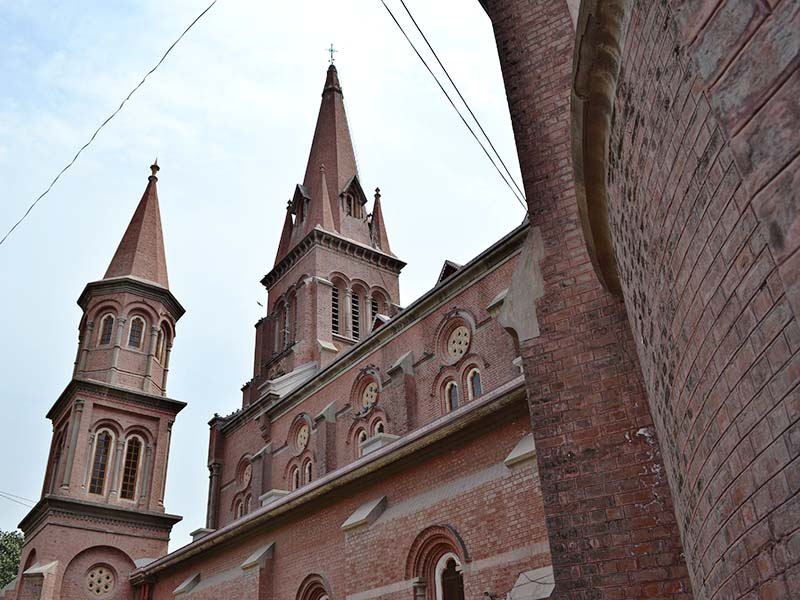 Pakistani Christians Increase Church Security in Preparation for Easter