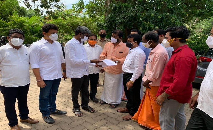 VHP Forces Karnataka Govt to Put on Hold Covid Relief Sanctioned for Imams and Muezzins