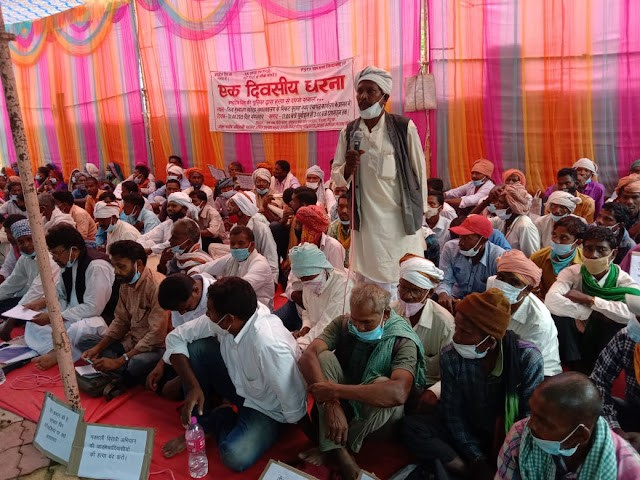 Hundreds protest 'killing' of Adivasi youth by security forces in Jharkhand, govt inaction