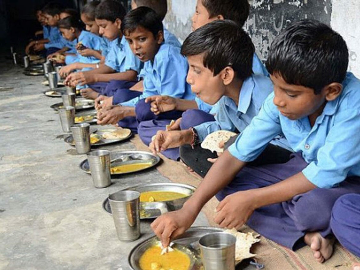 Himachal: Institutional Casteism In Hiring Of Cooks For Mid Day Meals