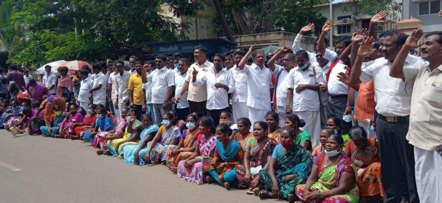 TN: DMK Councillor Charged For Dalit Man's Murder, Police Reluctant to Arrest Him