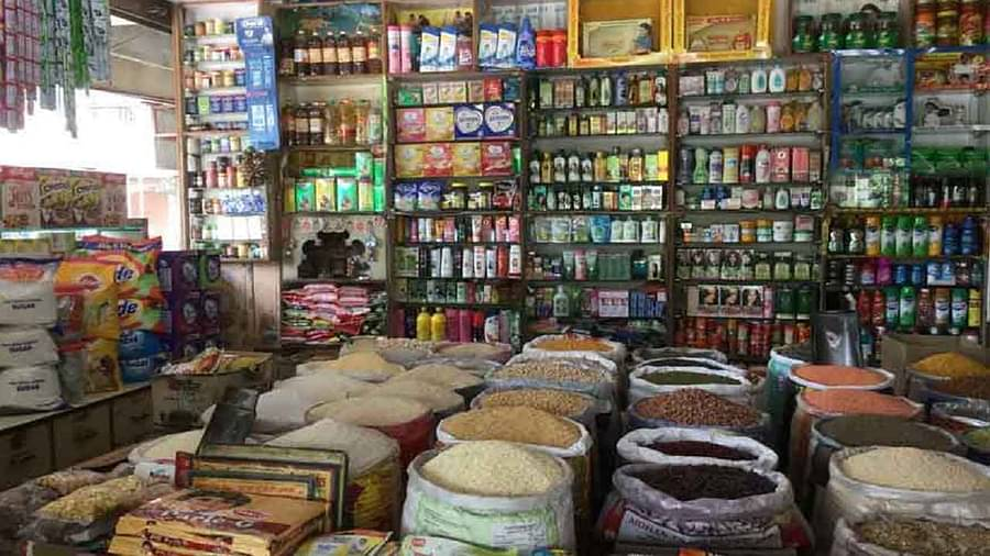 Hookah-water of 150 Dalit families stopped for complaining of bullies, neither shopkeepers are giving goods for 15 days in the fields